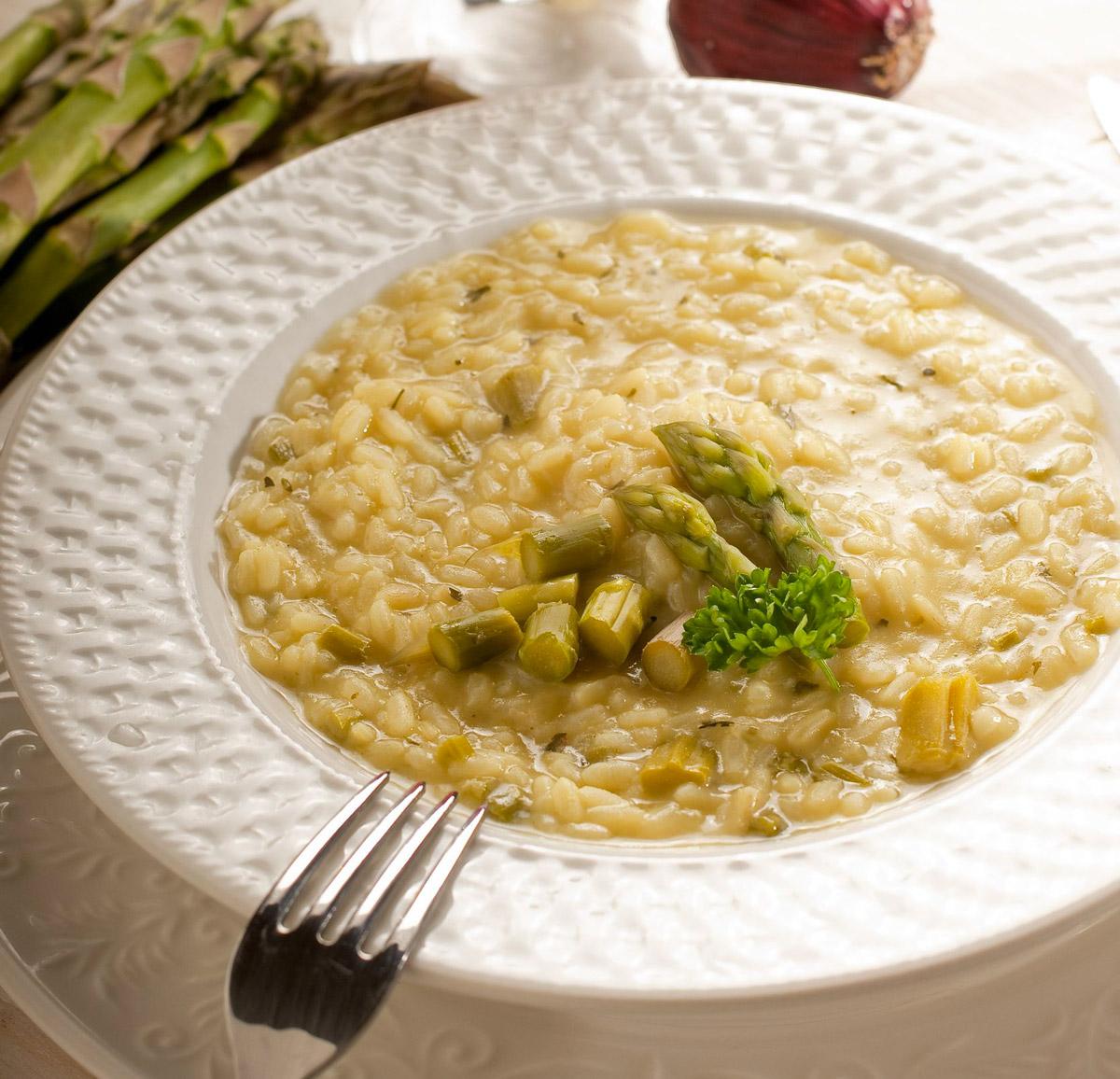 Ricetta Risotto Asparagi Parmigiano.Risotto Con Gli Asparagi Mantecato Al Parmigiano Gala Supermercati